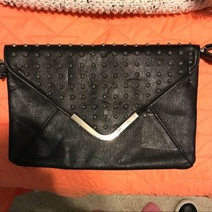 Large going out clutch from aldo !!